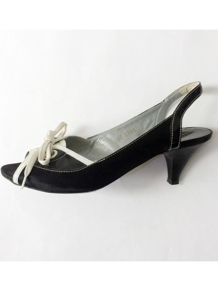 Туфли открытые из натуральной кожи с завязкой в виде банта 7602.08