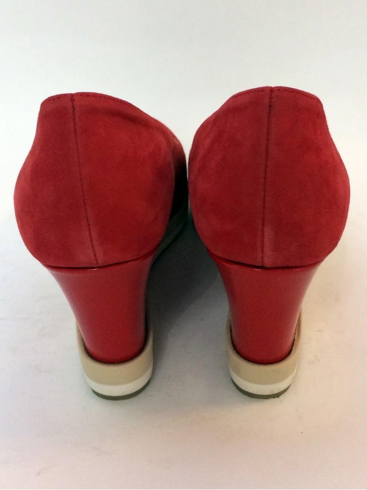 Замшевые туфли на платформе, со стразами G .Марка-Giorgio Piergentil